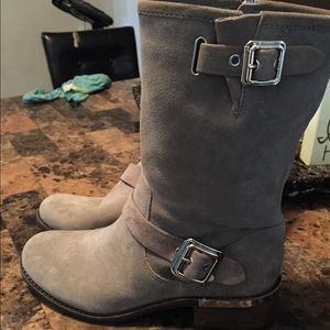 Never used Vince camuto suede boots